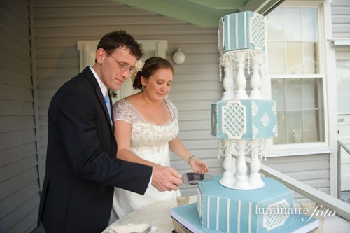 blue white vintage garden wedding cake lace naples florida