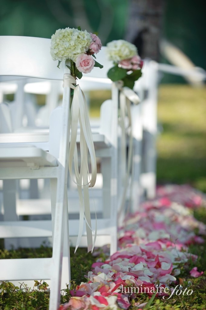 ceremony decor ginny cameron luminaire