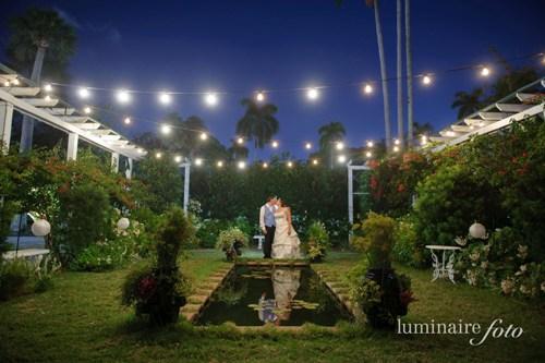 moonilght garden night wedding photography market bistro lights