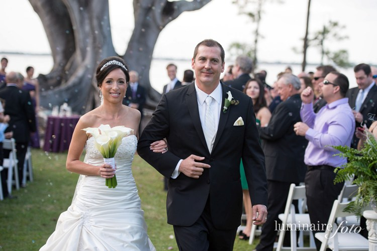 tiara calla lily bouquet wedding bubbles